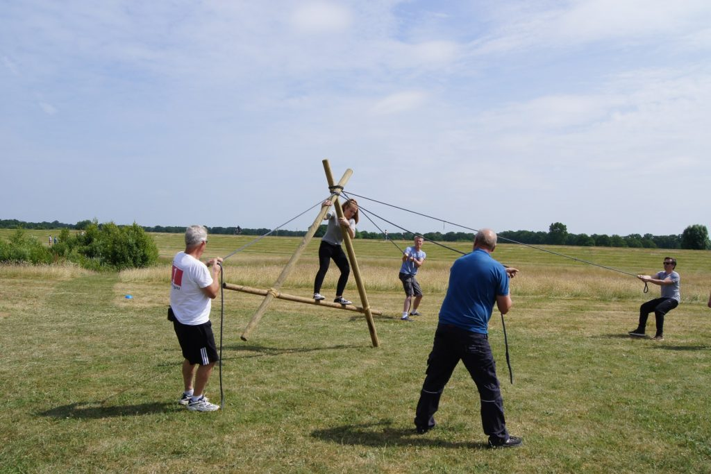 teambuilding battle outdoor